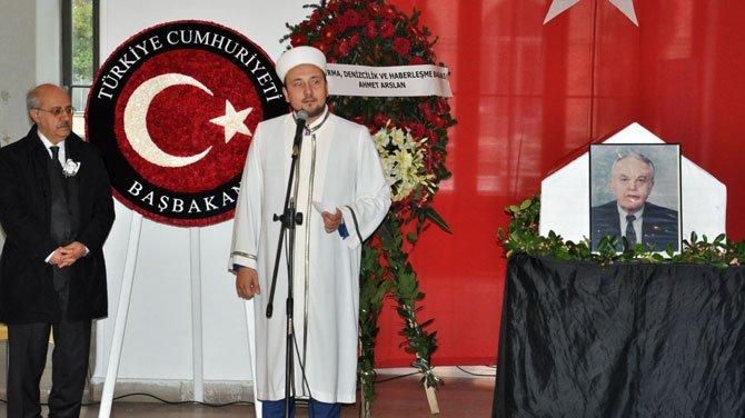 Prof. Dr. Teoman Özalp son yolculuğuna uğurlandı