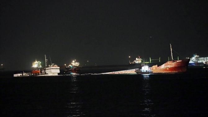 M/V Bereket isimli kargo gemisi Ahırkapı'da battı