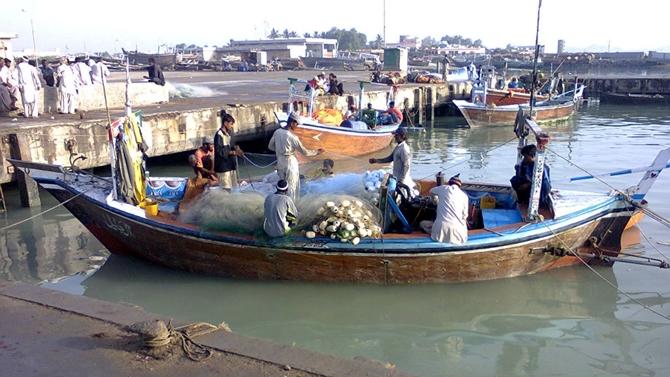 Gazze'de balık avlama mesafesi yine düşürüldü