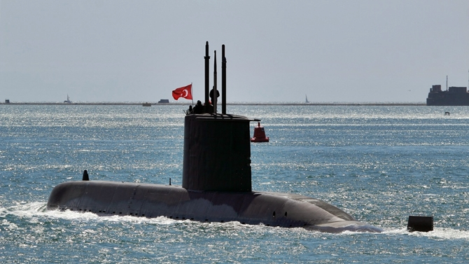 TCG Gür denizaltımıza sabotaj girişiminde bulunuldu!