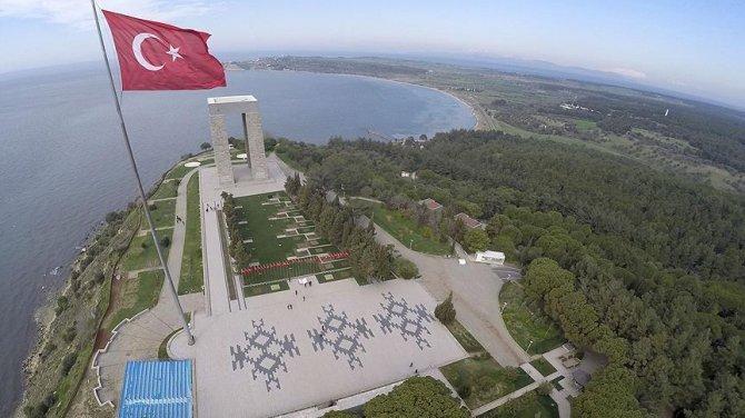 Bugün Çanakkale Deniz Zaferi'nin 102. yıl dönümü