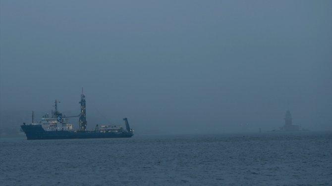 İstanbul Boğazı gemi geçiş trafiğine kapatıldı!