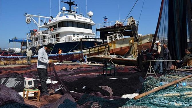 """Trabzon'da balıkçılar erken """"Paydos"""" dedi"""