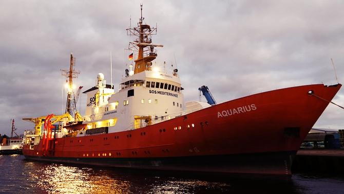 Aquarius, Akdeniz'de 141 göçmeni kurtardı