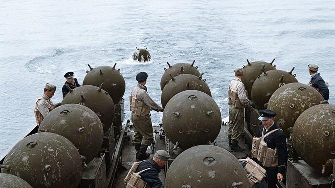 Husiler, Kızıldeniz'e deniz mayını döktü