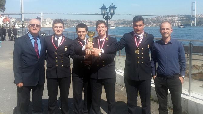 """""""Denizcilik Mesleki Bilgi Yarışması"""" düzenlendi"""