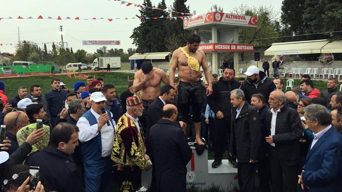 Özata Tersanesi'nin sporculara desteği devam ediyor