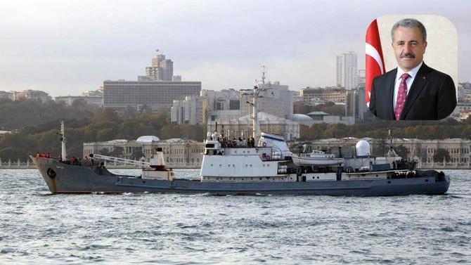 Bakan Arslan, gemi kazasına ilişkin açıklamada bulundu