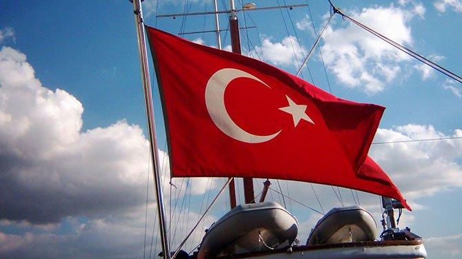 Yabancı bayraklı teknelerin yarısı Türk bayrağına geçti