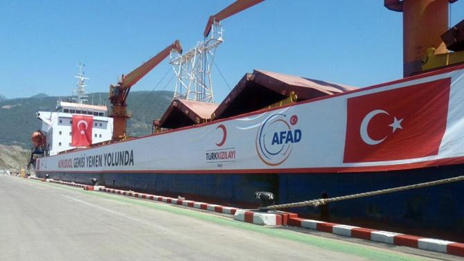 """""""Umudu Ol"""" gemisi Yemen için yükünü alıyor"""