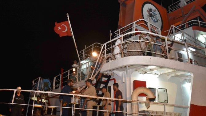 Türk gemisine Yunan ateşi!