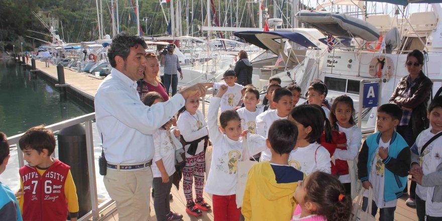 D-Marin Kids ve TURMEPA çocuklara denizleri korumanın önemini anlatmaya devam ediyor
