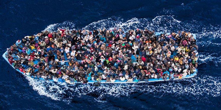 Kandıra açıklarında göçmen teknesi battı