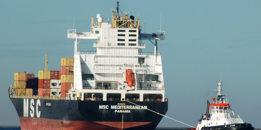 """""""MSC Mediterranean"""" Çanakkale Boğazı'nda arızalandı"""