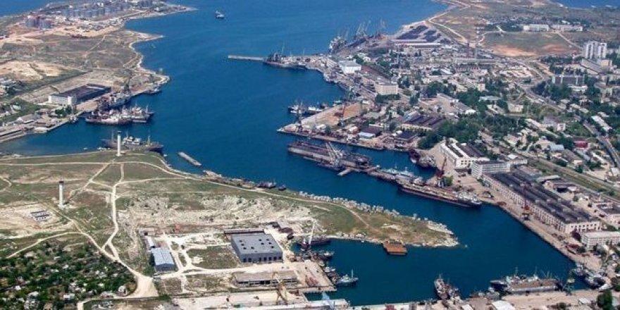 Kırım limanlarına 665 gemi yasa dışı girdi