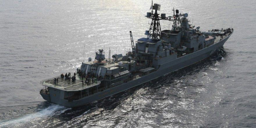 Koramiral Kulakov Aden'deki görevini tamamladı
