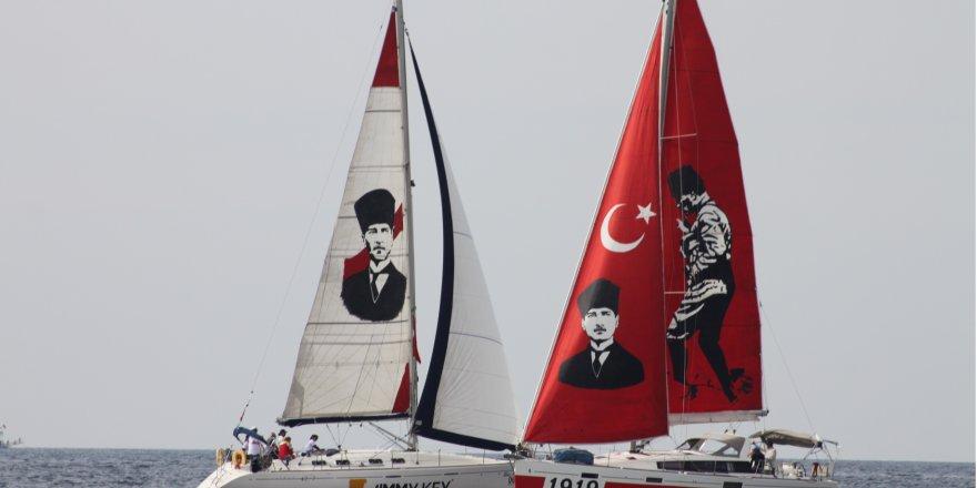 Yelkenli yatlar KAYK Cumhuriyet Kupası'nda yarıştı
