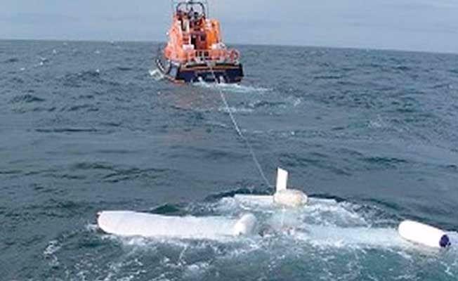 Gölde batan teknedeki 9 çocuk öldü