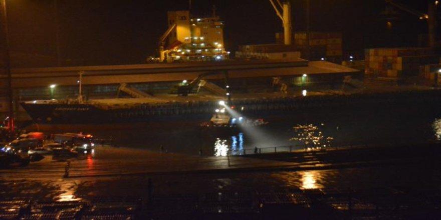 Limanda denize düşen araçta 1 ölü, 3 yaralı