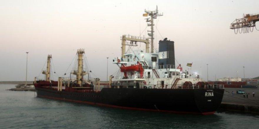 Gıda yardımı taşıyan ilk gemi Yemen'e ulaştı