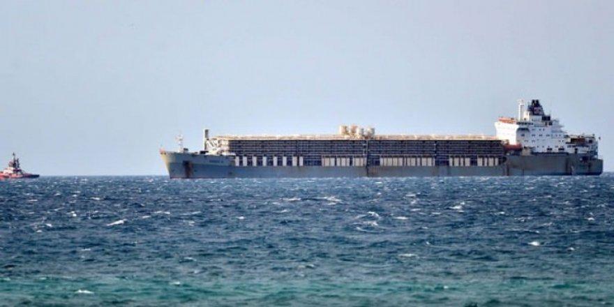 'BADER III' gemisi Çanakkale Boğazı'ndan geçemedi