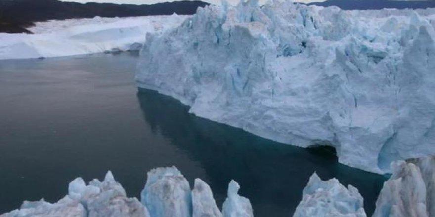 ABD'nin gizli üssüne küresel ısınma darbesi