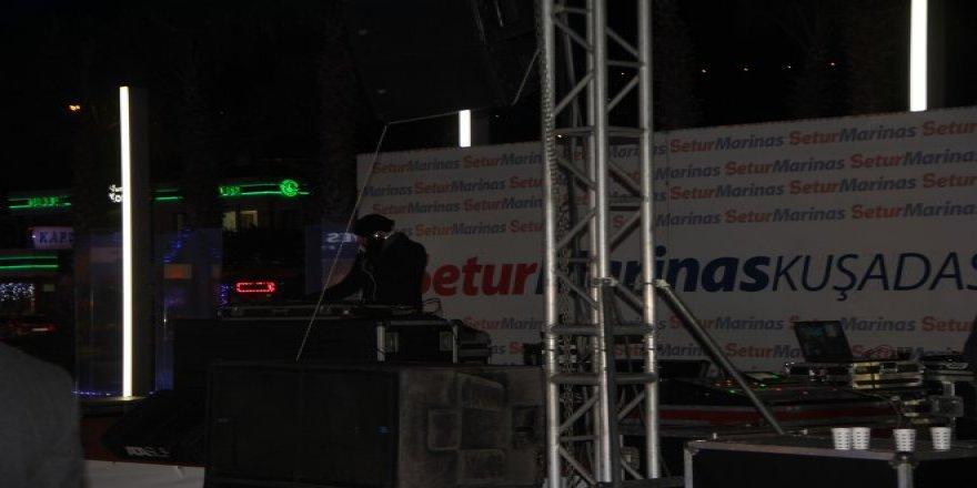 Setur Marina'da yatçılar yeni yılı kutladı