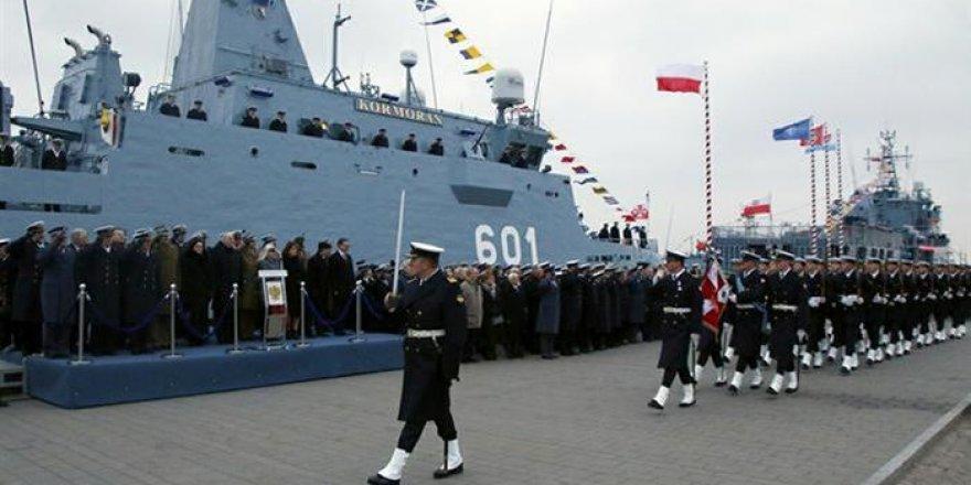 Polonya donanma için 3 yeni gemi anlaşması yaptı