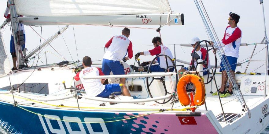 Logo Yelken Takımı, pupa yelken başarıya koşuyor!