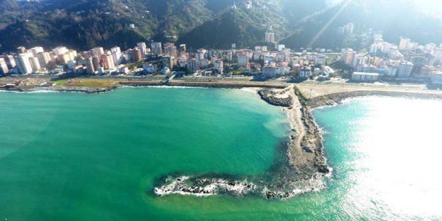 Liman yapımında kullanılan taşlar eridi