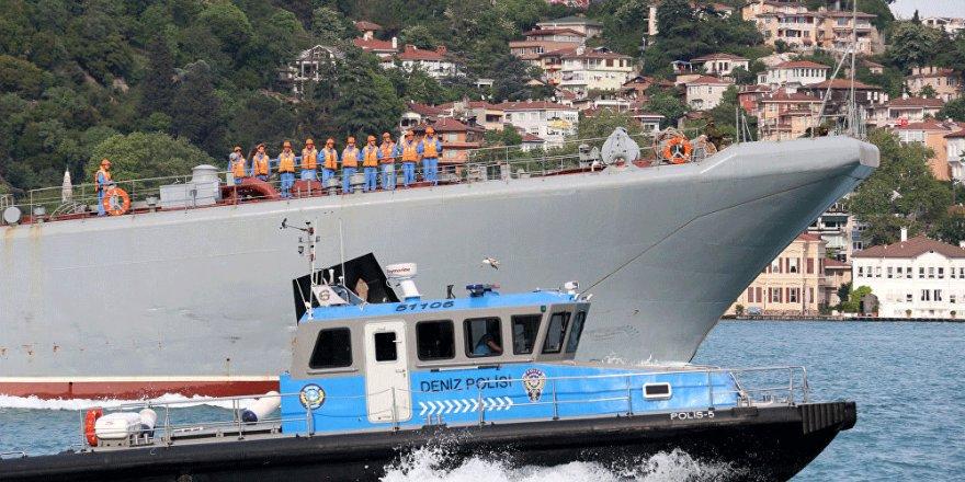 Rus Donanma gemisi Yamal Ege'de kaza yaptı!