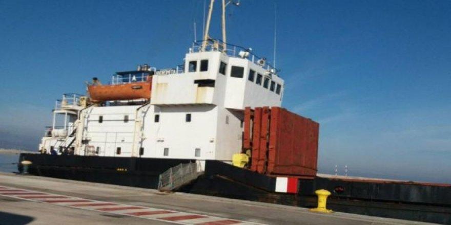 'Patlayıcı malzeme yüklü gemiyi Yunanistan durdurdu'