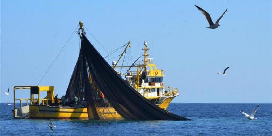 Türk balıkçıları Somali'de avlanabilecek
