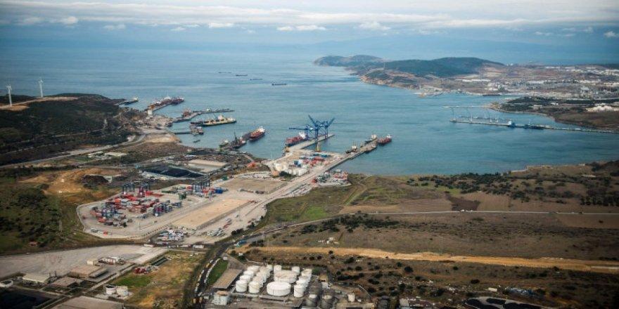 Aliağa Limanları harıl harıl çalışıyor
