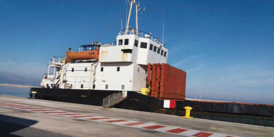 Patlayıcı yüklü gemi Yunan armatörün oyunu çıktı