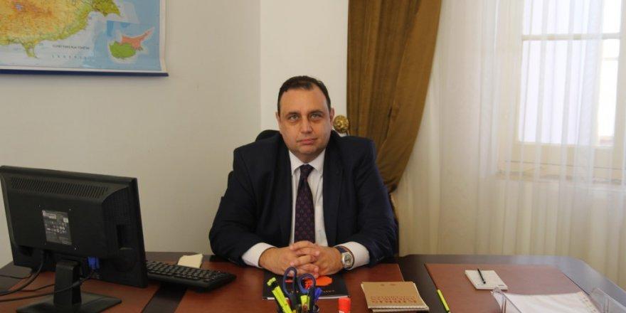 KAÜ'nün yeni rektörü Profesör Dr. Uğur Özgöker