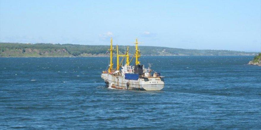 Rus balıkçı teknesi Japon Denizi'nde kayboldu