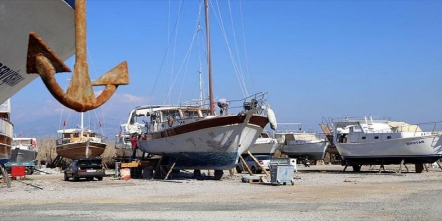 Tekneler harıl harıl sezona hazırlanıyor