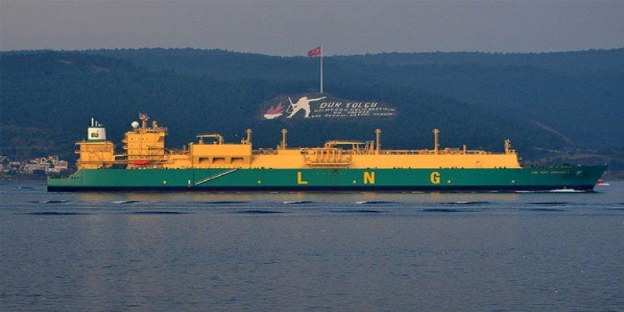 LNG Port Harcourt tankeri Çanakkale Boğazı'ndan geçti