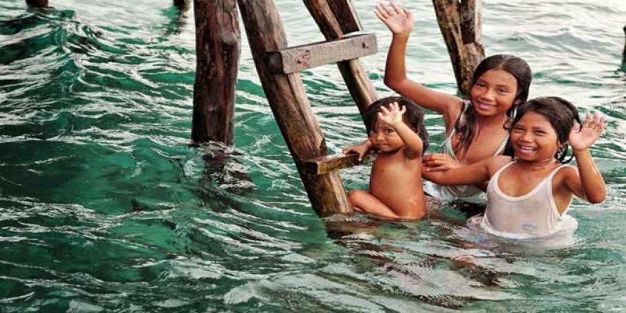 Yürümeden yüzmeyi öğrenen insanların ülkesi!