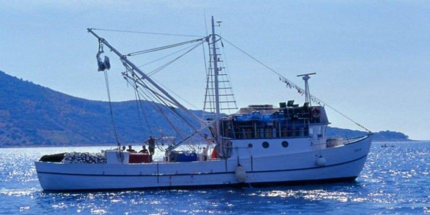Türk balıkçı teknelerine Gürcistan'da el konuldu