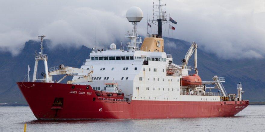 İngilizler Antarktika'da saklı buzdağını keşfe çıkıyor