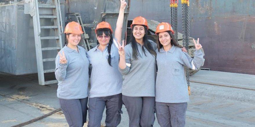 Mersin Limanı'nda ticaret trafiğine yön veren kadınlar