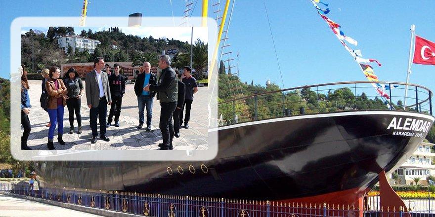 Alemdar olayını Müze Gemisi'ni gezerek öğrendiler