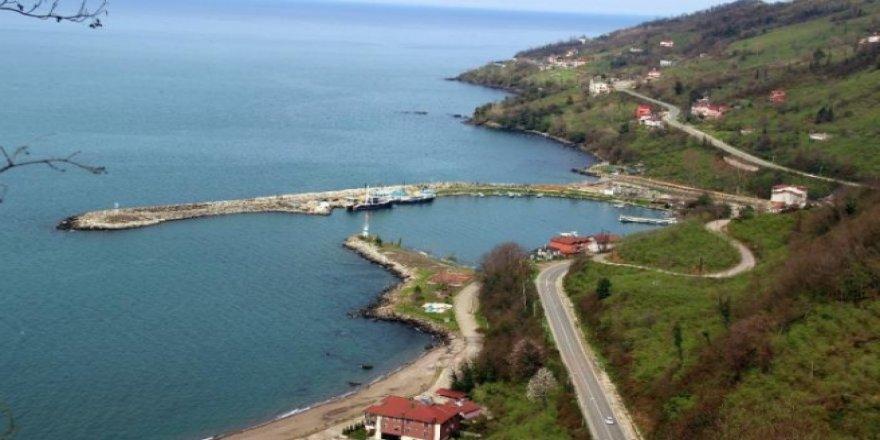 Yalıköy Balıkçı Barınağı kaderine terkedildi