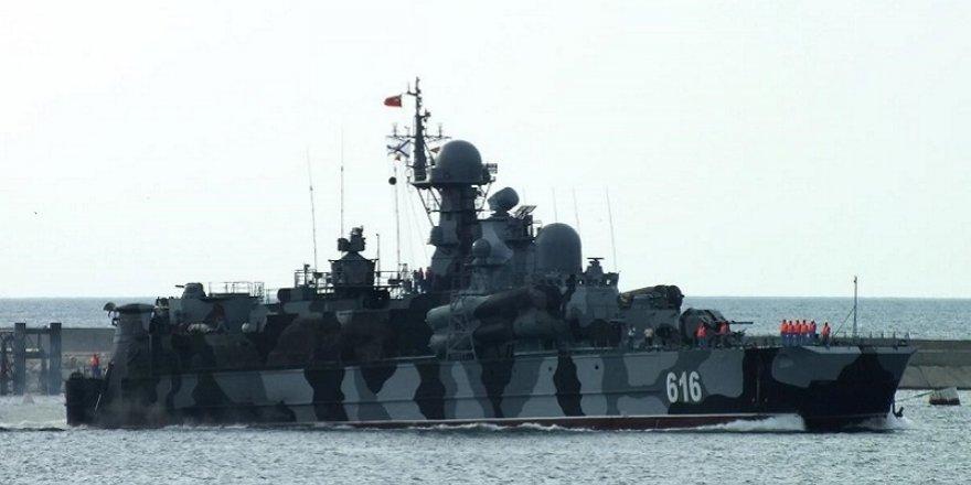 Sivastopol'deki Karadeniz Filosu alarma geçirildi