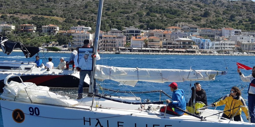 Çeşme'de Tekneler Çocuklar için yarıştı