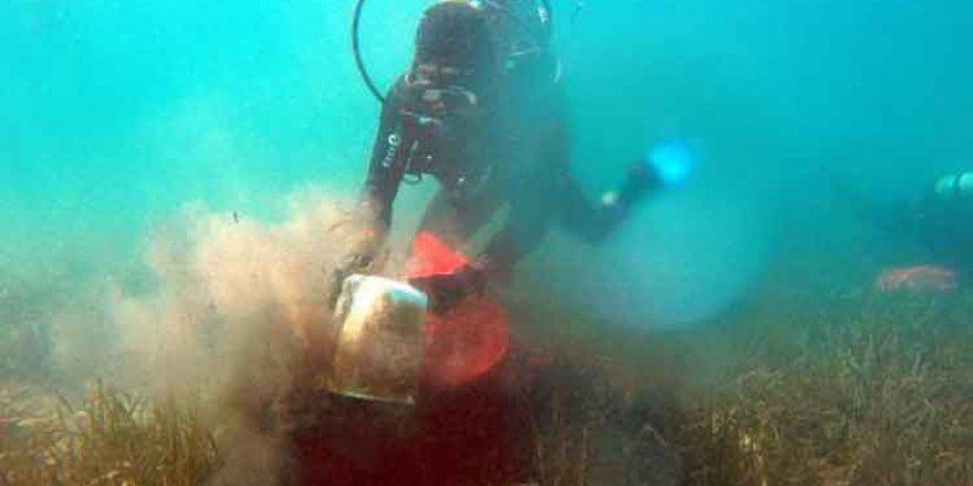 Bitez'de deniz dibi temizliği