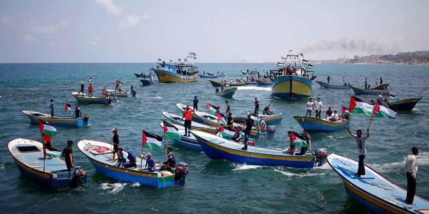 İsrail'den, Gazzeli balıkçılara 3 mil sınırı