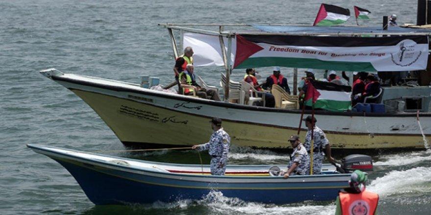 Özgürlük direnişini Akdeniz'e taşıyan Filistinliler serbest